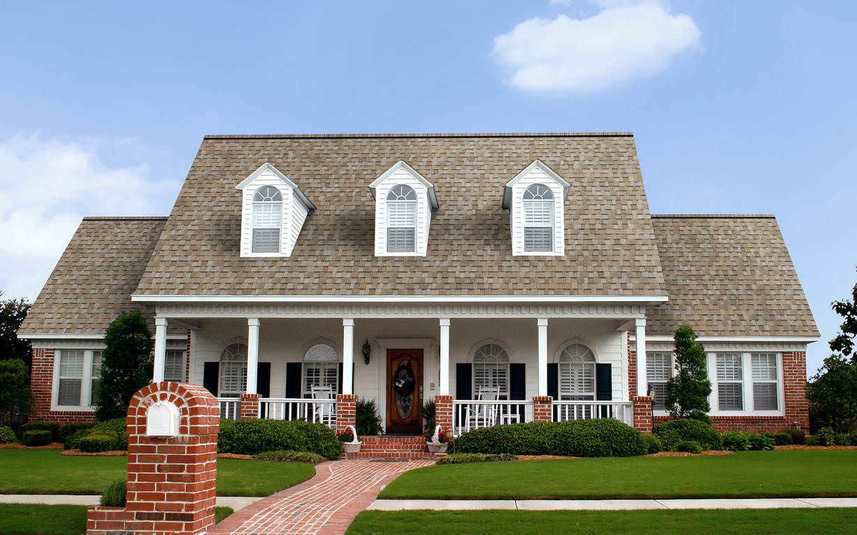 House with TrueDefinition Shingles